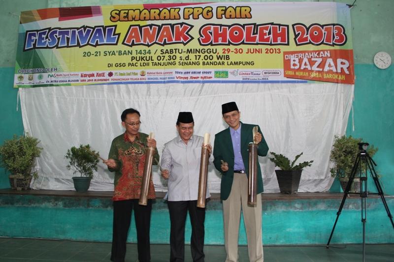Pembukaan Festival oleh Ketua Umum DPD LDII, Assisten Umum dan Ketua MUI