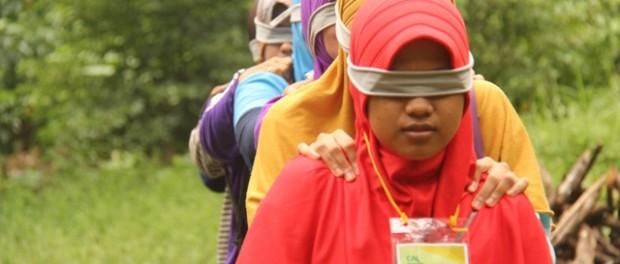 Salah satu games pada gathering FMI Lampung - Copy
