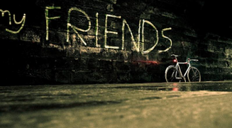 cari teman bergaul