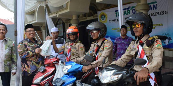 dr. Aditya lepas Sako sebagai Satgas Tebar Kurban LDII Lampung