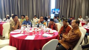 Tampak dalam gambar Ketua DPW LDII Lampung dr. Aditya M Biomed